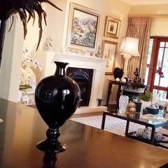 Effortless Suburban Elegance:  Living room by CKW Lifestyle Associates PTY Ltd