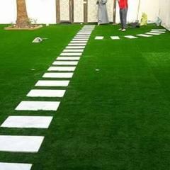 تصميم حدائق باشكال مختلفة :  فناء أمامي تنفيذ تنسيق الحدائق ,