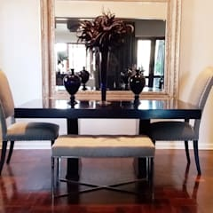 Effortless Suburban Elegance:  Dining room by CKW Lifestyle Associates PTY Ltd