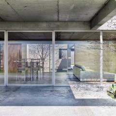 Diseño de Casa en Cañitas por 1.61 Arquitectos: Casas unifamiliares de estilo  por 1.61 Arquitectos