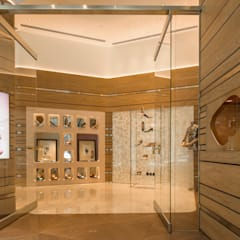 Puertas de vidrio de estilo  por On Designlab.ltd