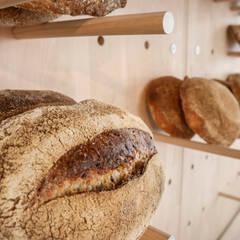 Pan de masa madre: Locales gastronómicos de estilo  de nowheresoon