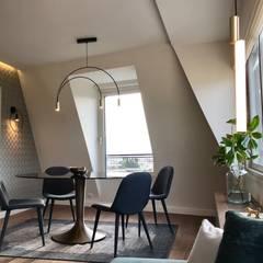 Appartement À Trocadero: Salle à Manger De Style Par Lichelle Silvestry