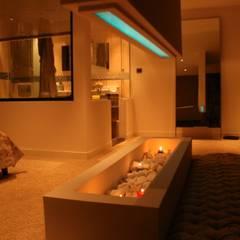 KL İÇMİMARLIK A.Ş. – Ev Şişli:  tarz Yatak Odası, Eklektik Ahşap Ahşap rengi