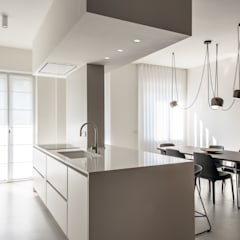 Built-in kitchens by Atelierzero Architects