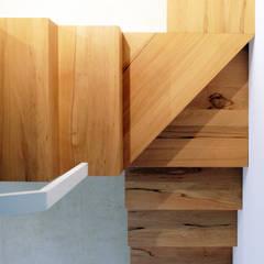 Escaleras de estilo  por Studio Proarch