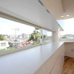藤沢・鵠沼橘 防音室のある家: ミナトデザイン1級建築士事務所が手掛けた書斎です。