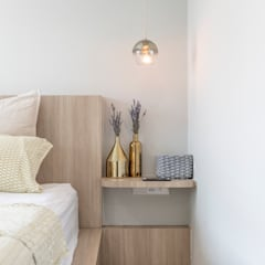 22 Teow Hock Avenue -  Scandinavian :  Bedroom by VOILÀ Pte Ltd