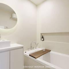 Bathroom by 그레이도트