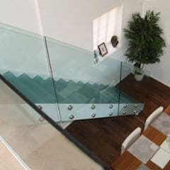 Glass staircase and balustrade :  Stairs by Ion Glass