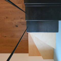 Escaleras de estilo  por studiovert