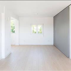 Projeto de Arquitetura: Salas de jantar  por Commerzn - Boutique Property Developer