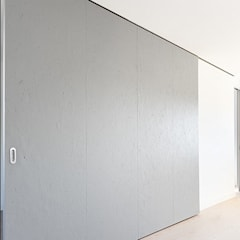 Sliding doors by Commerzn - Boutique Property Developer