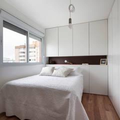 Bedroom by 0E1 Arquitetos