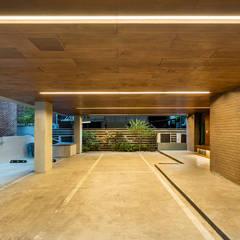 대조동 '칠월': 서가 건축사사무소의  주택