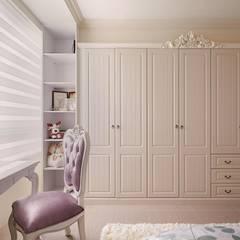 Girls Bedroom by 趙玲室內設計