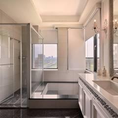琴音繞樑~ 舊藏新裝~ 新古典的新風情 :  浴室 by 趙玲室內設計
