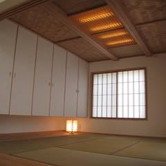 Salas multimedia de estilo  por 株式会社高野設計工房