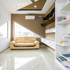 :  Study/office by Monnaie Architects & Interiors