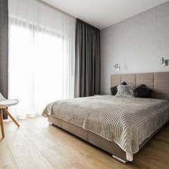 LUNCH NA MOKOTOWIE: styl , w kategorii Sypialnia zaprojektowany przez KODO projekty i realizacje wnętrz
