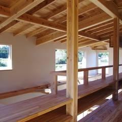 山武の家: 環境創作室杉が手掛けた窓です。,