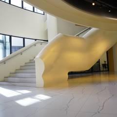 現代風-松柏嶺高爾夫球場會館改建:  商業空間 by 司創仁和匯鉅設計有限公司