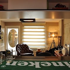 Pub na Garagem : Salas multimídia  por Studio Casa Arquitetura