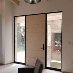 Doors by RIVERA ARQUITECTOS