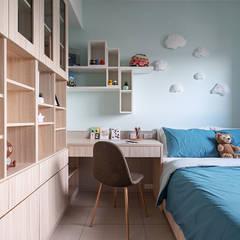 Baby room by 富亞室內裝修設計工程有限公司