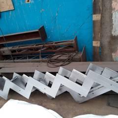 Pantografo CNC de Plasma: Escaleras de estilo  por Transformaciones Metalicas y Manufacturas A y S, S.de R. L. de C. V.
