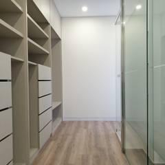 : Closets  por Jesus Correia Arquitecto