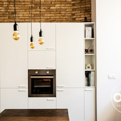 Kitchen units by osb arquitectos, Mediterranean Chipboard
