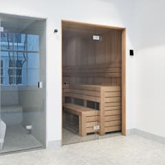 Sauna en steam cabin in characteristic Dutch home:  Spa door Cleopatra BV