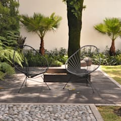 Front yard by Jardin Urbano