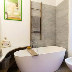 Bathroom by Fabio Carria