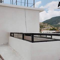 Ventanas de estilo  por Aurion Diseño y Construcción