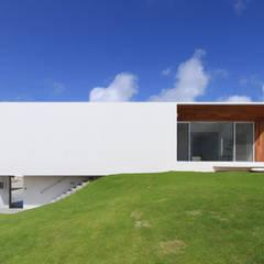 M-N house: アーキデザインワークス一級建築士事務所が手掛けた一戸建て住宅です。