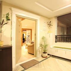 Pasillos, vestíbulos y escaleras rústicos de Saloni Narayankar Interiors Rústico