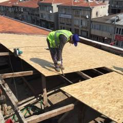 Milana Tadilat Dekorasyon – Nevzat Bey İş Merkezi / Çatı İzolasyon/Maltepe:  tarz Düz çatı