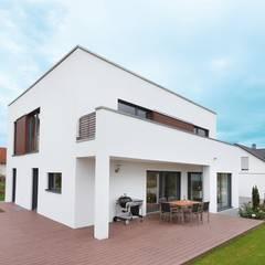 บ้านสำเร็จรูป โดย TALBAU-Haus GmbH , โมเดิร์น