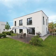 บ้านสำเร็จรูป by TALBAU-Haus GmbH