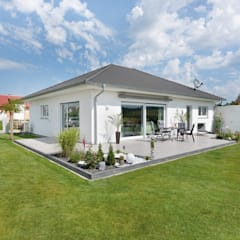Bungalows by TALBAU-Haus GmbH