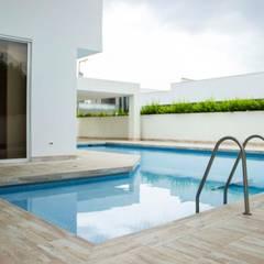 Casa gino, valle verde jamundi: Piscinas de estilo  por Am arquitectura, Minimalista