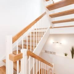 Kundenhaus U122:  Treppe von TALBAU-Haus GmbH