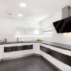 Kundenhaus U065:  Einbauküche von TALBAU-Haus GmbH