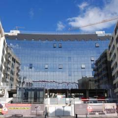 Upon Lisbon Prime Residence Janelas e portas modernas por SAM'S - Soluções em alumínio e PVC Moderno
