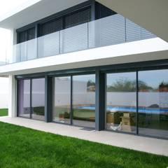 Ventanas de estilo  por SAM'S - Soluções em alumínio e PVC