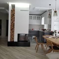 Заміський будинок у скандинавському стилі:  Їдальня by Наталія Мироненко