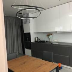 Будинок у стилі Мінімалізм:  Кухня by Наталія Мироненко