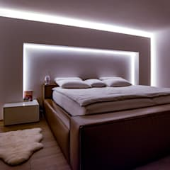 Small bedroom by Moreno Licht mit Effekt - Lichtplaner,